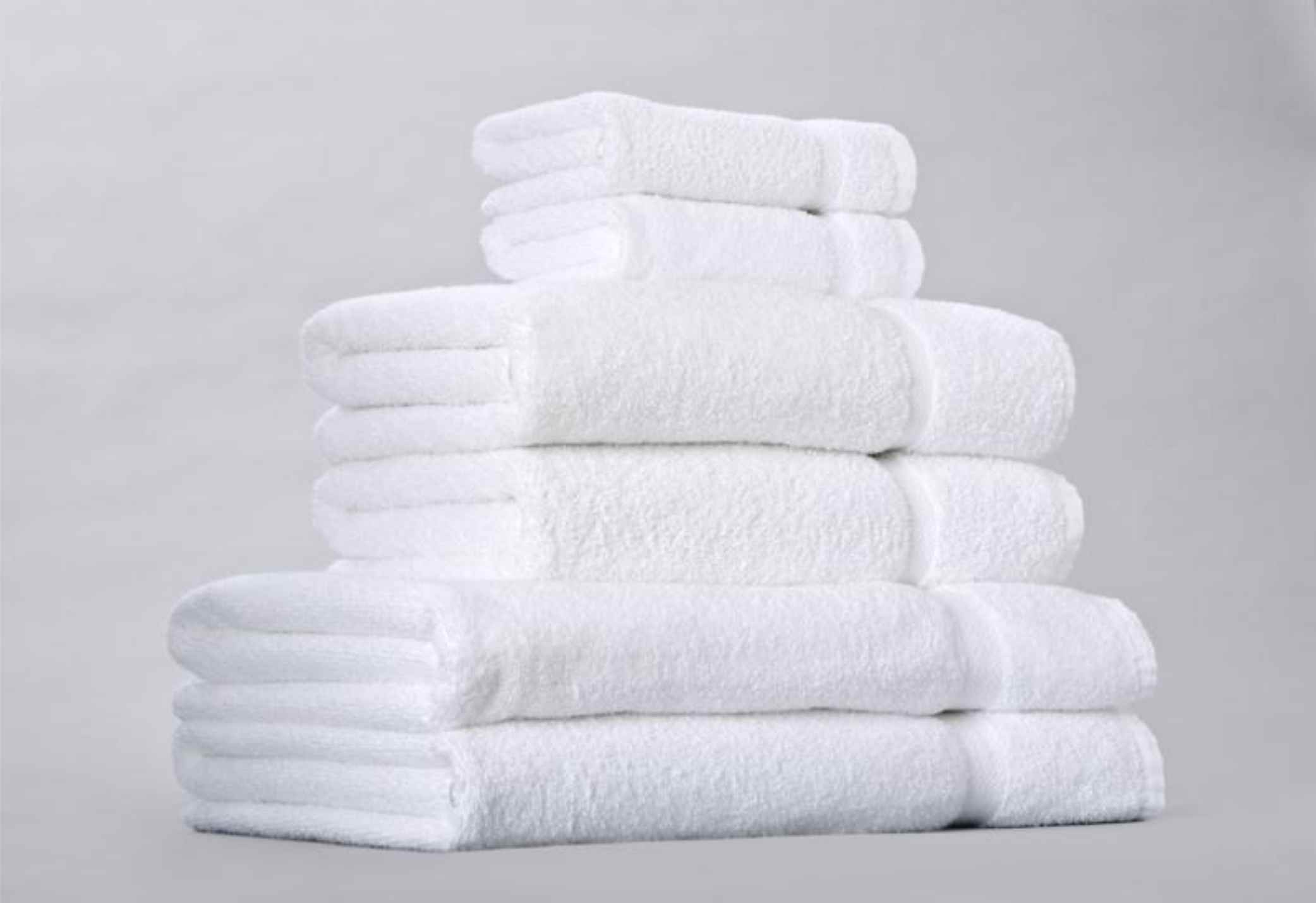 Stolen towels hotel the over under for Hotel sheets and towels
